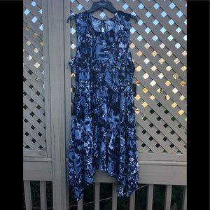 NWT Simply Vera Wang Blue Immersion Dress